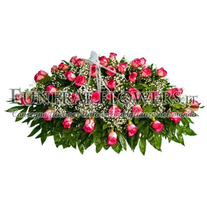 Cuscino funebre di rose rosa