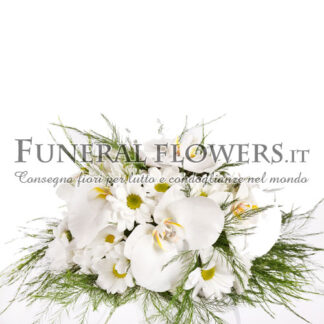 Mazzo funebre di fiori bianchi