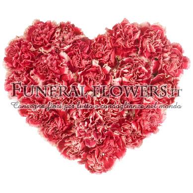 Cuore funebre di garofani rosa