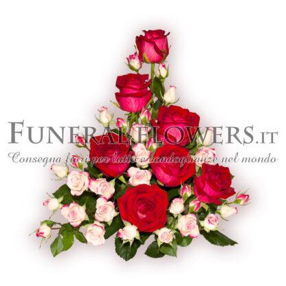 Composizione funebre di rose rosse e bianche